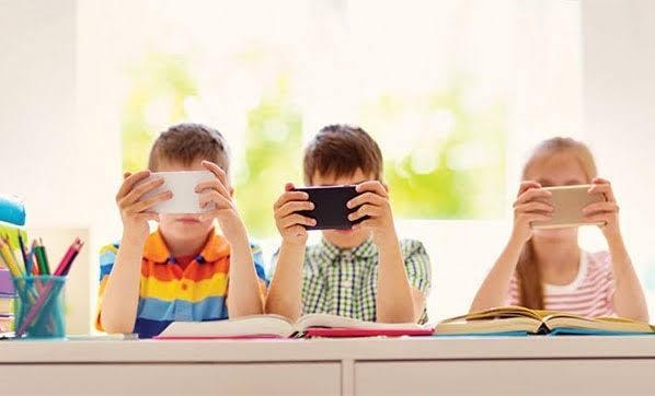 Çocuklara kaç yaşından sonra telefon alınmalı?