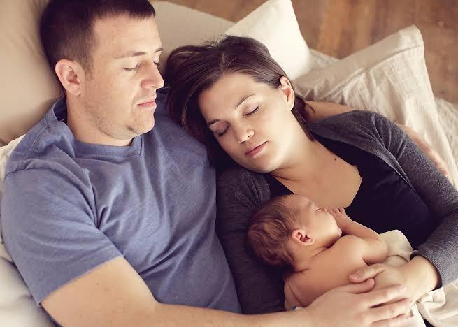 Çocuğunuz kaç yaşına kadar sizinle yatabilir?