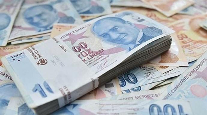 Hesabınıza 10 bin TL yatırsak bu parayla ne yapardınız?