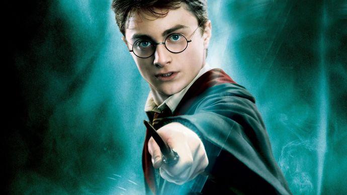 Harry Potter tadında bir dizi çıksa izler miydiniz?