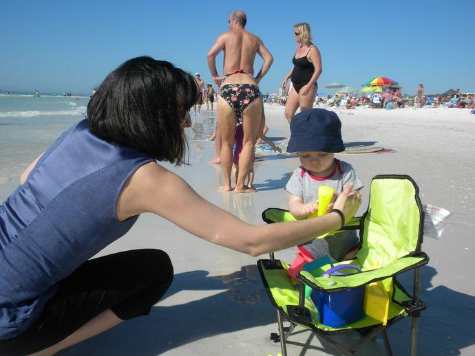 Sizce çocuklar deniz kenarında kaç saat durmalıdır?