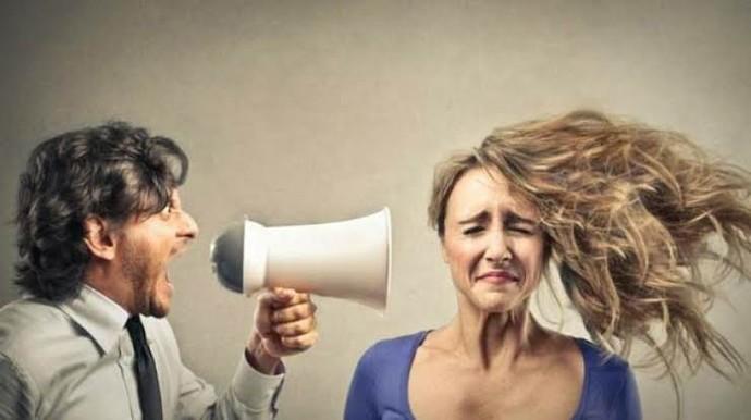 Birinin size duygusal şiddet uyguladığını nasıl anlarsınız?