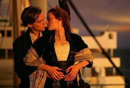 En güzel aşklar yalnızca romanlarda mı yaşanır?