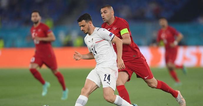 Italya 3 Türkiye 0... Ve avrupa futbol şampiyonasına çok kötü başladık! Maçı nasıl buldunuz?