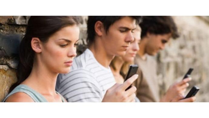 Telefonunuz dile gelseydi size ilk ne derdi?