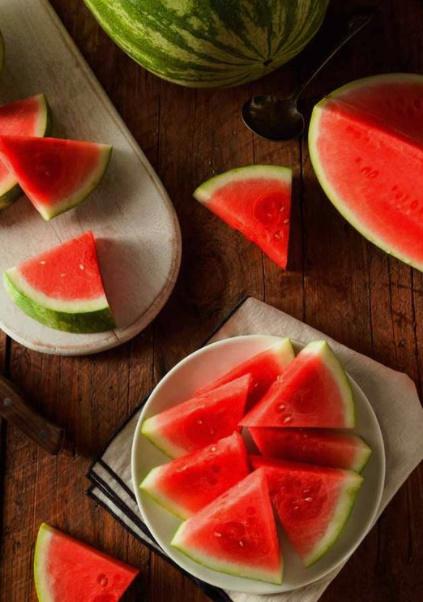 Yaz aylarında en çok tükettiğiniz gece atıştırmalığı nedir?