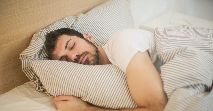 Uyurken yastık çevirme alışkanlığınız var mı?