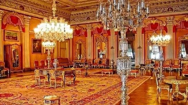 Dolmabahçe Sarayındaki 92 kilogramlık altın vazo kayıp iddiasına ne diyorsunuz?