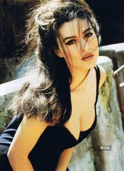 Hangi ünlü kadının gençliği daha güzel?