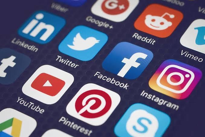 Sosyal medyada birinin dikkatini çekmek istiyorsanız neler yapıyorsunuz?