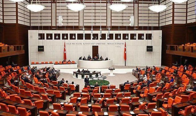 CHP, İYİ Parti ve Türk Kadınlar Birliği Kadına Şiddetin Araştırılması Komisyonuna katılmayacak! Kararı doğru buluyor musun?
