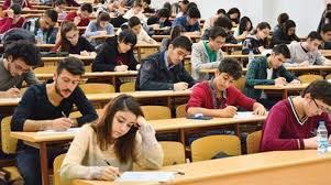 Sınav heyecanı devam ediyor.