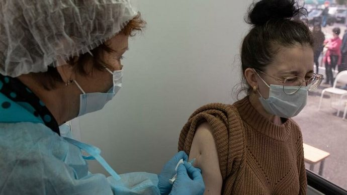 Amerikadan aşı karşıtlarını üzen araştırma: Aşı olanlarda ölüm oranı yüzde 1 bile değil! Aşı karşıtları şimdi ne diyecek?