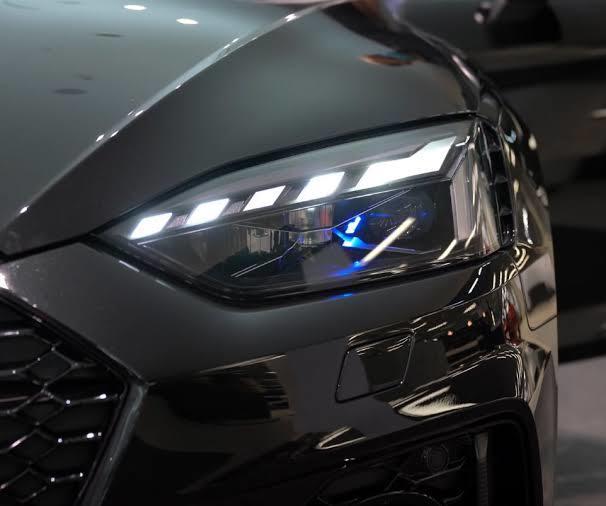Yeni Audi far teknolojisi yolda! Nasıl buldunuz?