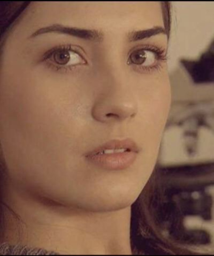 Türkiye'nin en güzel kadın ünlüsü kim sizce?