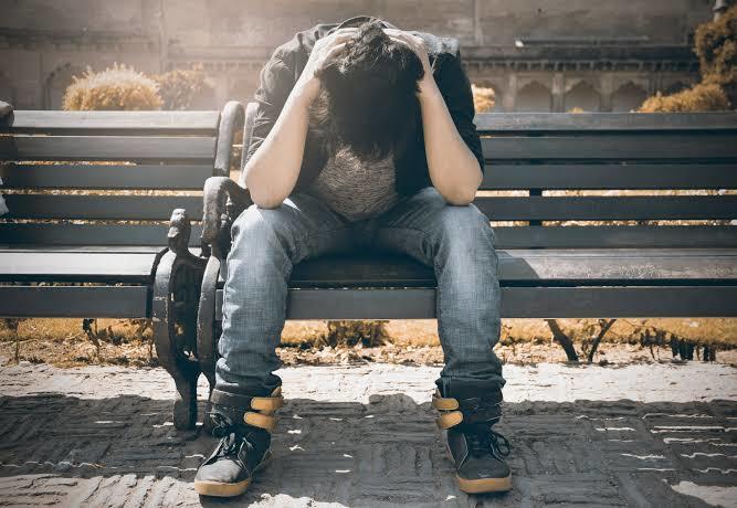 İşsizlik ve ülkenin ekonomik durumu insanları depresyona mı itiyor?