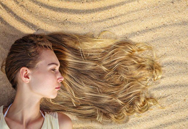 Yaz aylarında saçlarımı güneşten nasıl koruyup, bakım uygularım?