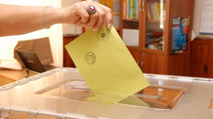Yurt dışında yaşayan Türk vatandaşlarının oy kullanmasını doğru buluyor musunuz?