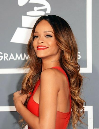 Rihannaya en çok yakışan saç rengi hangisi ?