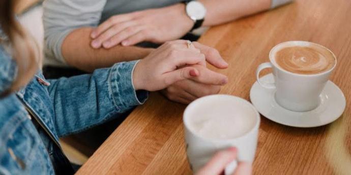 İlk buluşma teklifini erkek mi yoksa kadın mı yapmalı? İlk buluşma teklifi nasıl olmalıdır?