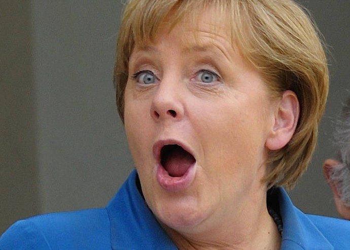 Merkelin 600 milyon euroya basbanlik binasini yaptirmasi hani avrupada siyasetciler böyle masraf yapmazdi cok mütavazielrdi?
