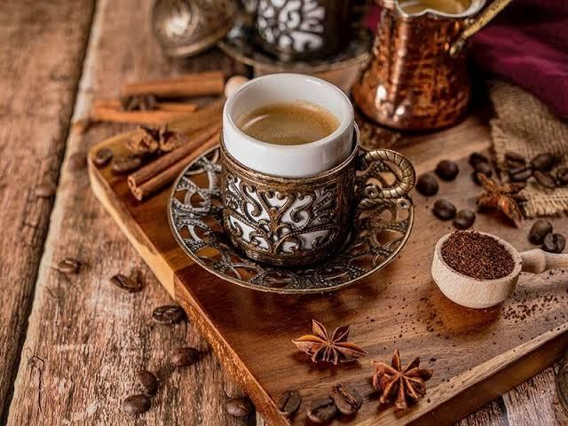 Kahveyi cezvede mi yapıyorsunuz yoksa makinede mi?☕?