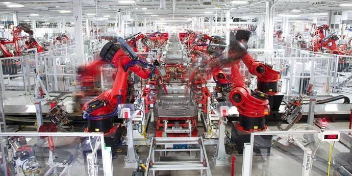 Araba teknolojisinde görmek istediğiniz modern teknoloji nedir?