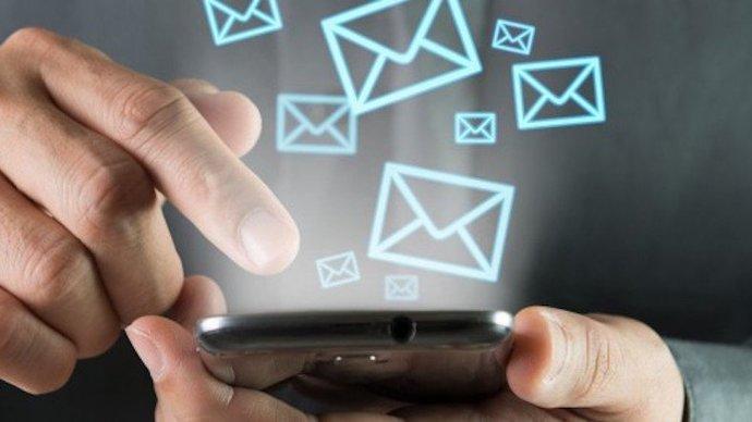 Telefonunuza en son kimden mesaj geldi?
