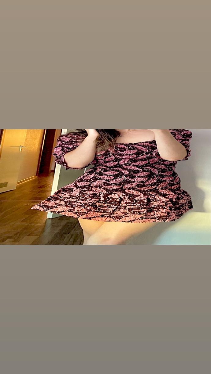 Sizce hangi elbiseyi tercih etmeliyim?
