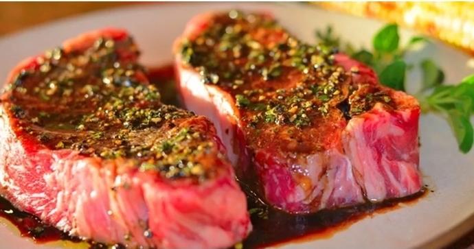 Kırmızı eti nasıl marine ediyorsunuz?