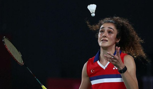 Güne #Tokyo2020deki kadın sporcularımızın başarılarıyla başladık. Badmintondaki ilk maçını kazanan Neslihan Yiğit için tebrikler nerede?