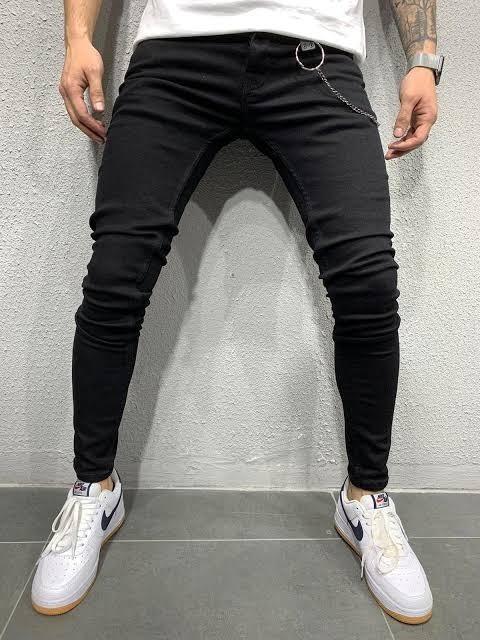 Bu pantolonlardan hangisi daha güzel cool?