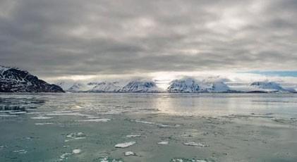 Bir gün içinde rekor miktarda buzul eridi. Ne zaman bitecek bu hirs?