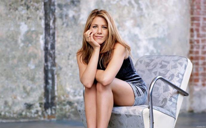 Jennifer Aniston aşısız arkadaşlarımla görüşmüyorum dedi! Sizin için arkadaşınızın aşı olması önemli mi?