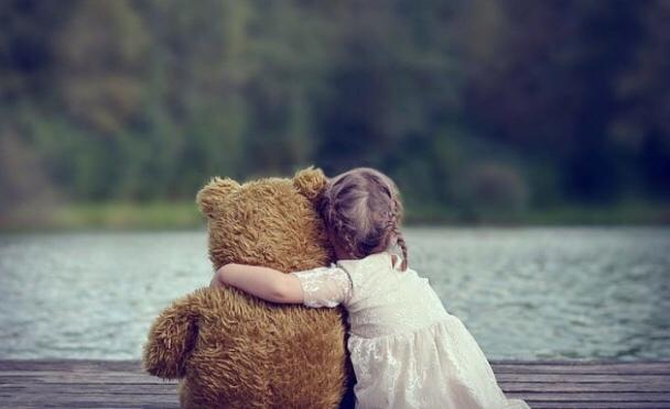 Yorgun hissettiğinizde kime sarılmak istersiniz?