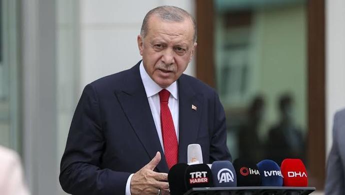 Erdoğan: Türkiye olarak büyük bir Afgan göçmen dalgasıyla karşı karşıyayız dedi. Türkiye, Afganları silahlandırmalı mı?