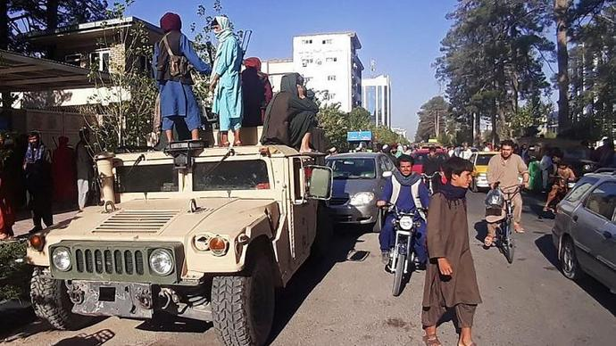 Taliban, Kabile girdi. Afganistanı işgal etti. Afganistanda neler oldu ve Afgan göçünü engellemek için ne yapmalıyız?