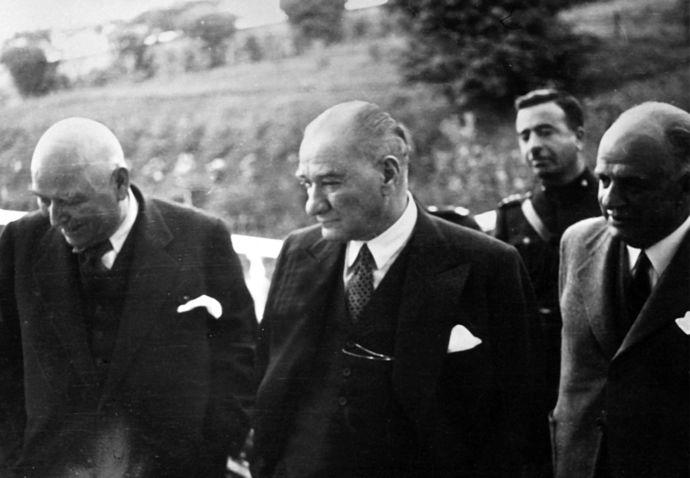 Etiyopya Başbakanı basın toplantısında Atatürkü övdüğü için sansür uygulandı. Atatürk unutturulmaya mı çalışılıyor?