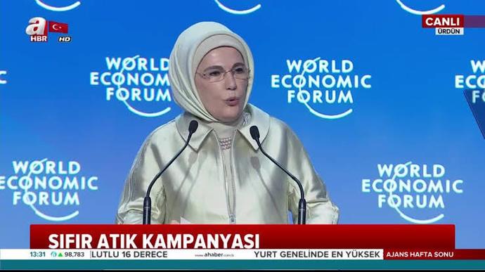 Bunca okumuş aydın profesör akademisyen varken Emine Erdoğanın iklim değişikliği küresel Isınma konulu konferans vermesi nedendir?