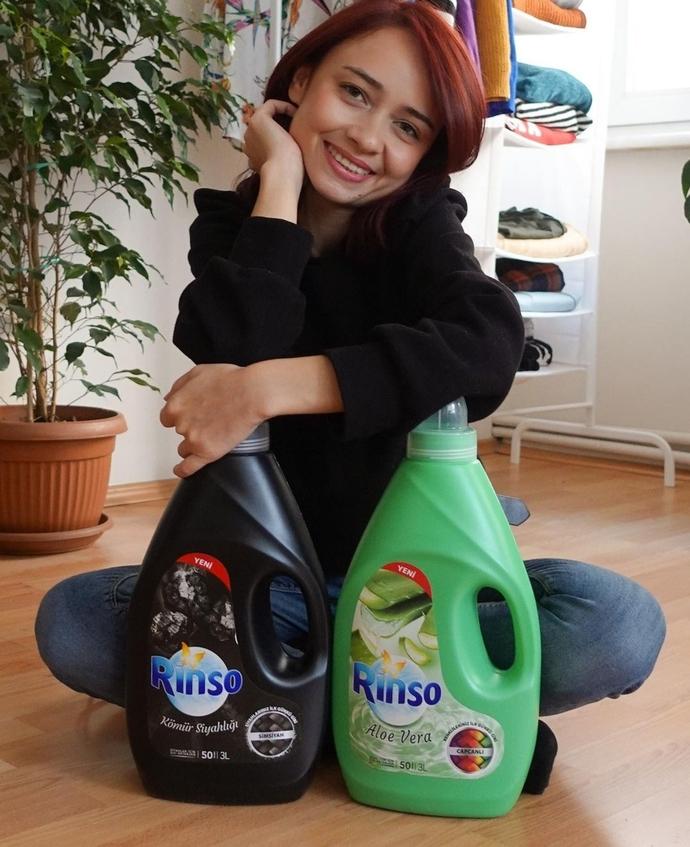 Şifon giysilerimi hangi sıvı deterjanla yıkamalıyım?