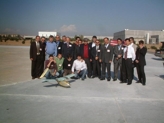 2005 Ekim: Mini İHA Uçuş Gösterimi