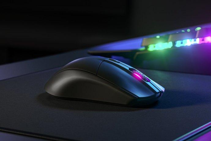 Oyunlarda makro klavye & mouse kullanmak yasaklanmalı mı?