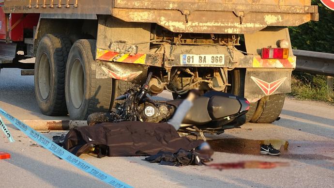 Kazadan 3 saat önce nikah kıymışlar, eşini sevindirmek için motosiklet tutkunluğunu gösterirken 2 side öldü neden?