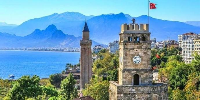Türkiyede hangi şehrin daha yaşanabilir olduğunu düşünüyorsun? Eskişehir mi, İzmir mi, Antalya mı?