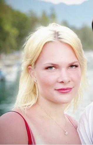 Hollandalı TikTok fenomeni Alina Gündüz sizce güzel mi?