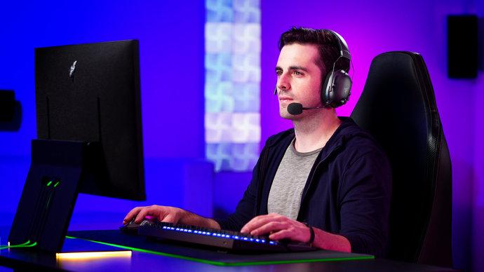 Her oyunu yüksek kalitede 60 fps açacak pc tavsiyesi verebilir misiniz?