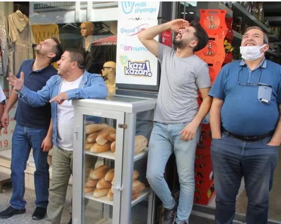 Sinopta Sığınaklara girin, hava saldırısı var anonsu yapıldı! Şehrinizde böyle bir anons yapılsaydı ne yapardınız?