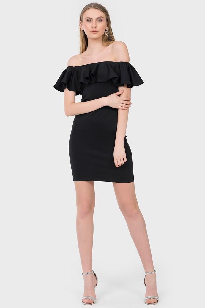 Dar mini elbise mi, kloş etekli mini elbise mi?