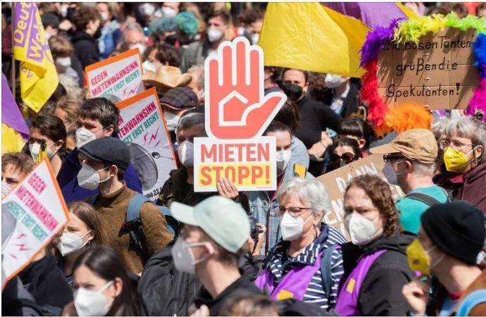 Berlin artan kiralara karşı konutların kamulaştırılmasını oylayacak. Siz bu konuda ne düşünüyorsunuz?