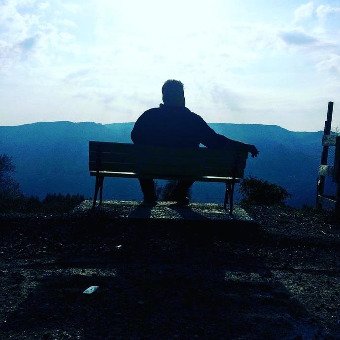 Yalnızlığın verdiği huzur zamanla vazgeçilmez hale gelir mi?